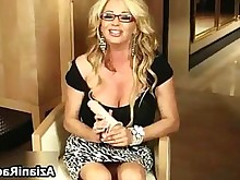 solo big-tits blonde juicy masturbation milf