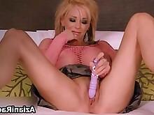 blonde bus busty dildo masturbation milf pussy solo