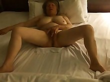 beauty bus busty homemade mature orgasm amateur babe