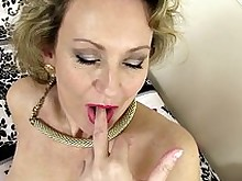 amateur babe mammy mature milf pussy sweet wet