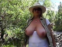 big-tits blonde vibrator