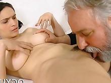 amateur beauty blowjob brunette bus busty fuck hardcore oral