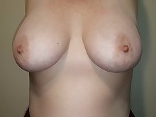 amateur big-tits boobs mammy milf nasty natural nipples playing