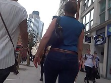 ass brunette chick glasses jeans mammy milf