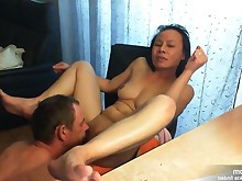 amateur hooker interracial licking mammy milf oral orgasm pussy
