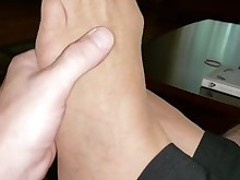 feet foot-fetish mammy nylon