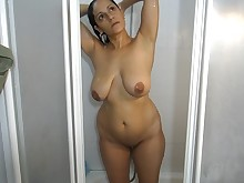 amateur ass big-tits boobs brunette homemade mammy milf really
