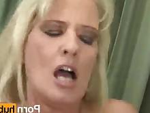 big-tits blonde blowjob bus busty big-cock cougar cumshot cute