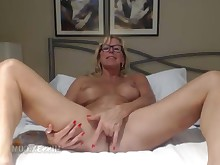 amateur ass babe big-tits blonde boobs fingering fisting hot