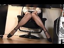 amateur homemade masturbation mature office