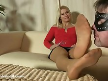 feet fisting foot-fetish footjob mammy mature nylon panties sister
